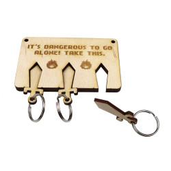 Wieszak na klucze MIECZE ze sklejki z grawerem
